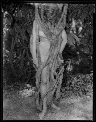 Entanglement | Nude Descending Staircase